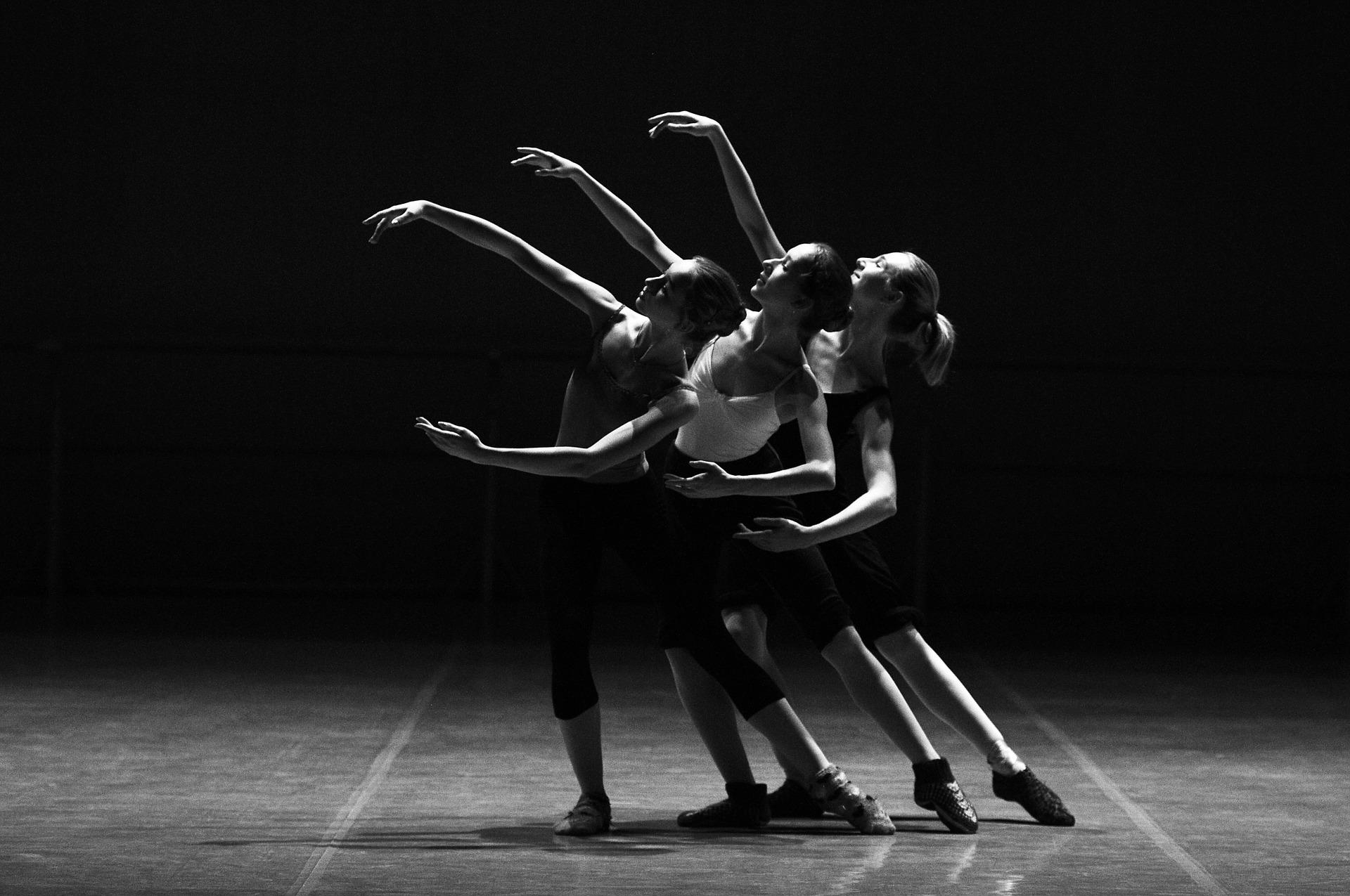 Contemporary ist aus den Tanzstudios nicht mehr wegzudenken!