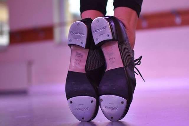 Tanzkurs Spezielles - Step: Tap Dance Schuhe auf der Spitze